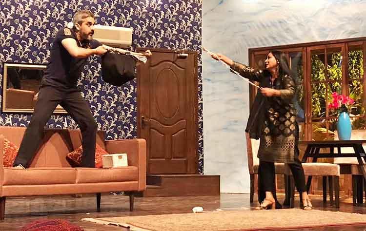 Yawar (Omair Rana) arguing with Tania (Nadia Afgan) - Theatre Review: Dil-e-Nadaan at Alhamra Arts Council