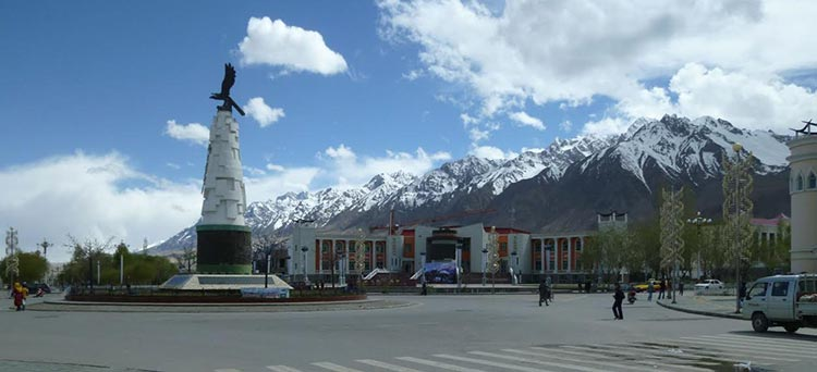 Tashkurgan and the Pamir Mountains - Top Quality Travel Routes in Xinjiang