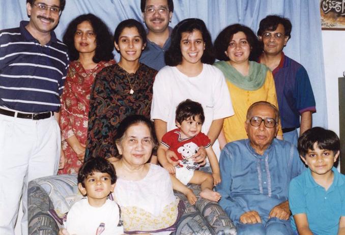 Sitting (l-r): Faaez, Ada, Sameer, Nurul Hasan and Yusuf <br />Standing (l-r): Azmi, Shua, Maha, Aaamir, Sabah, Sabiha and Zubair - Urdu Poet Ada Jafarey