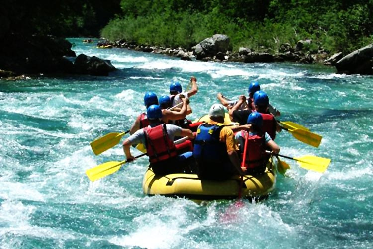Rafting on Kunhar River - Water Adventure in Pakistan: Rappelling and Rafting