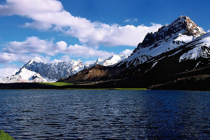 Shimshal Lake - WHY IS SHIMSHAL THE VALLEY OF MOUNTAINEERS?