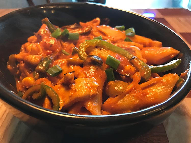 Penne Pasta with Chicken Fajita and Capsicum