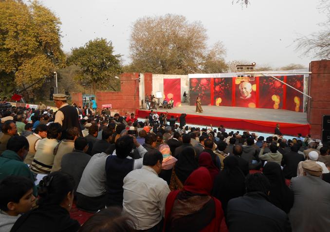 Faiz Peace Festival: Lazim Hai K Hum Bhe Dekhein Ge...