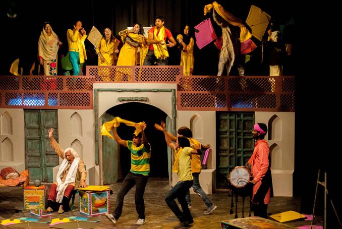 Lo Phirr Basant Aayi: Ajoka Enthralls Lahore