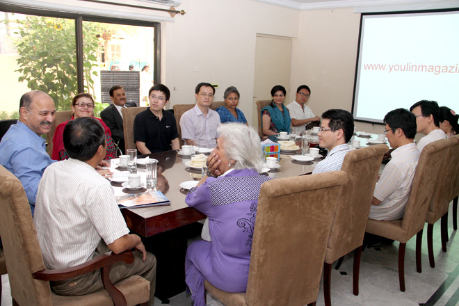 Chinese journalists visit Pakistan-China Institute