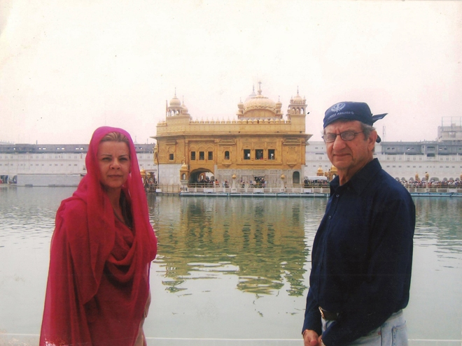 Cristina and Tariq Afridi at the Golden Temple
