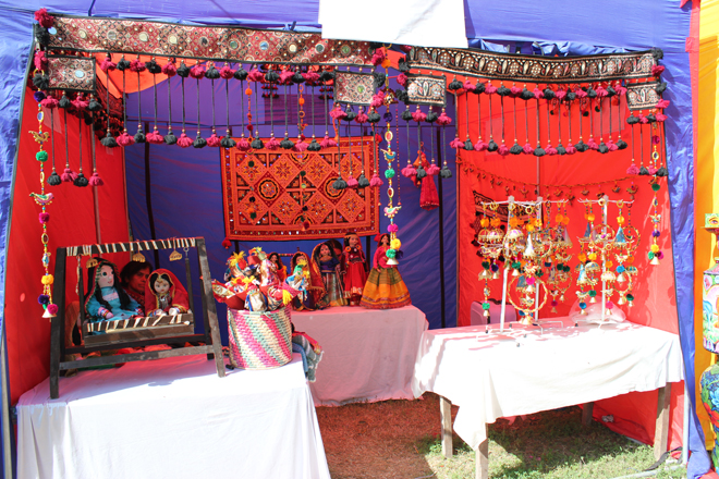 Dolls and jewellery from KPK