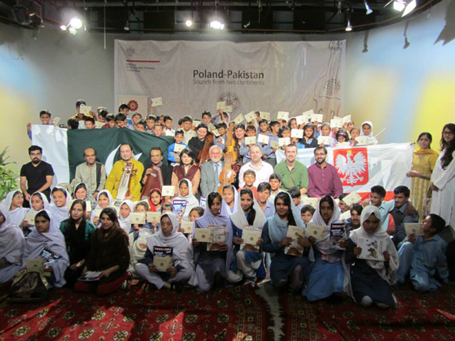 All smiles for the Poland-Pakistan musical evening